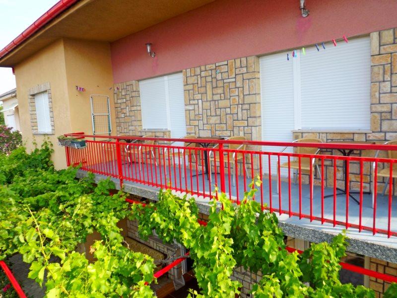 balcony a3