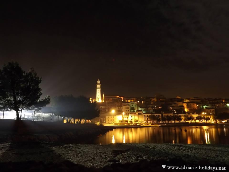 night in novi vinodolski