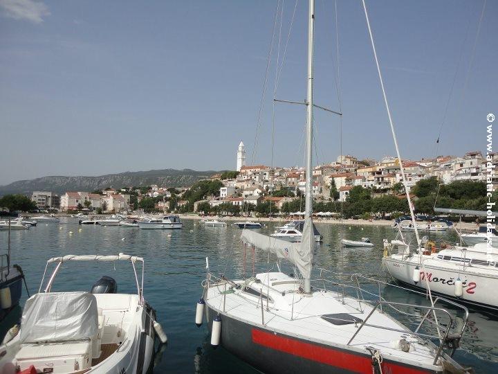 pogled na grad marina novi vinodolski